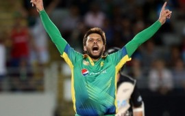 Afridi reveals mutual love for Indian fans