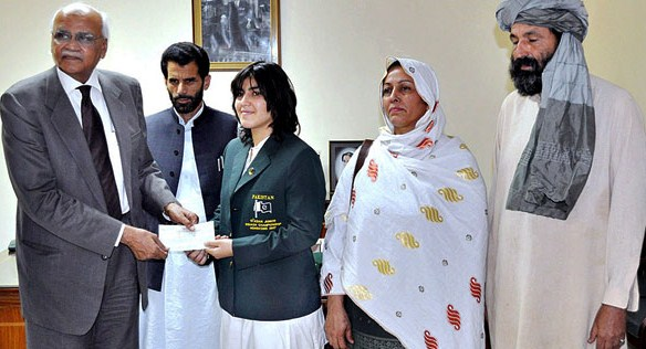 Female squash player from Waziristan