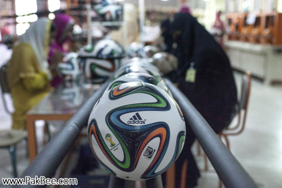 Fifa World Cup Soccer Ball to produce in Pakistan (10)