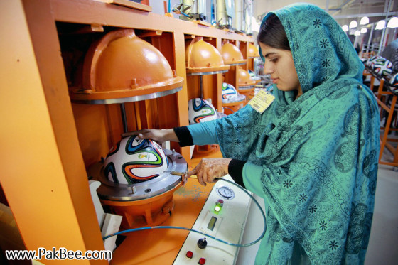 Fifa World Cup Soccer Ball to produce in Pakistan (11)