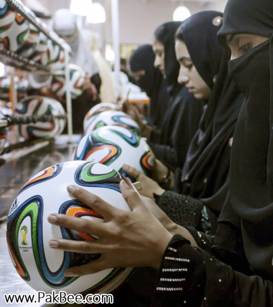 Fifa World Cup Soccer Ball to produce in Pakistan (14)
