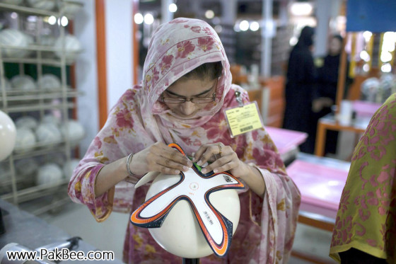 Fifa World Cup Soccer Ball to produce in Pakistan (5)